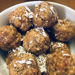Thriving Recipe: Peanut Butter Energy Balls