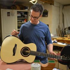 Mountain Song Guitars, Candler (NC) 2013, Ken Jones