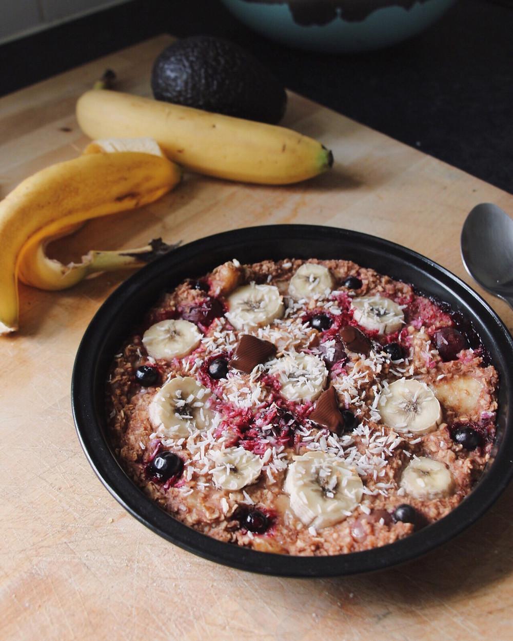banana oat porridge