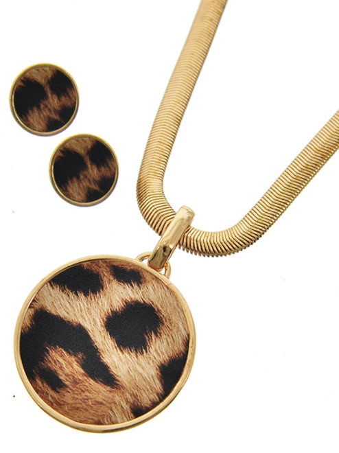 4513-NSD-09-NECKLACES