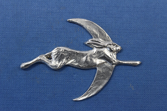Hare and moon brooch in pewter.