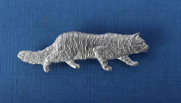 Wildcat prowling brooch