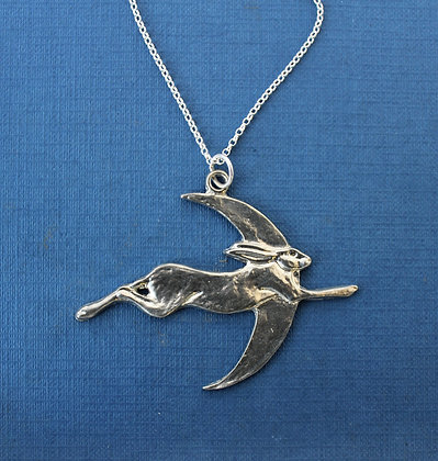 HARE AND MOON PENDANT.
