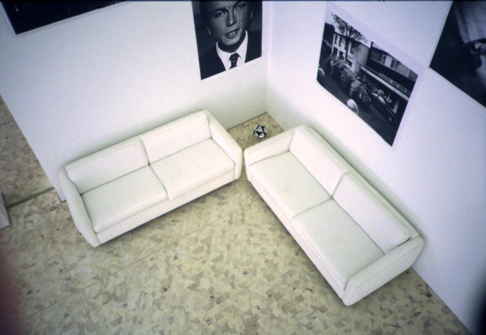 sofa-fugl.jpg