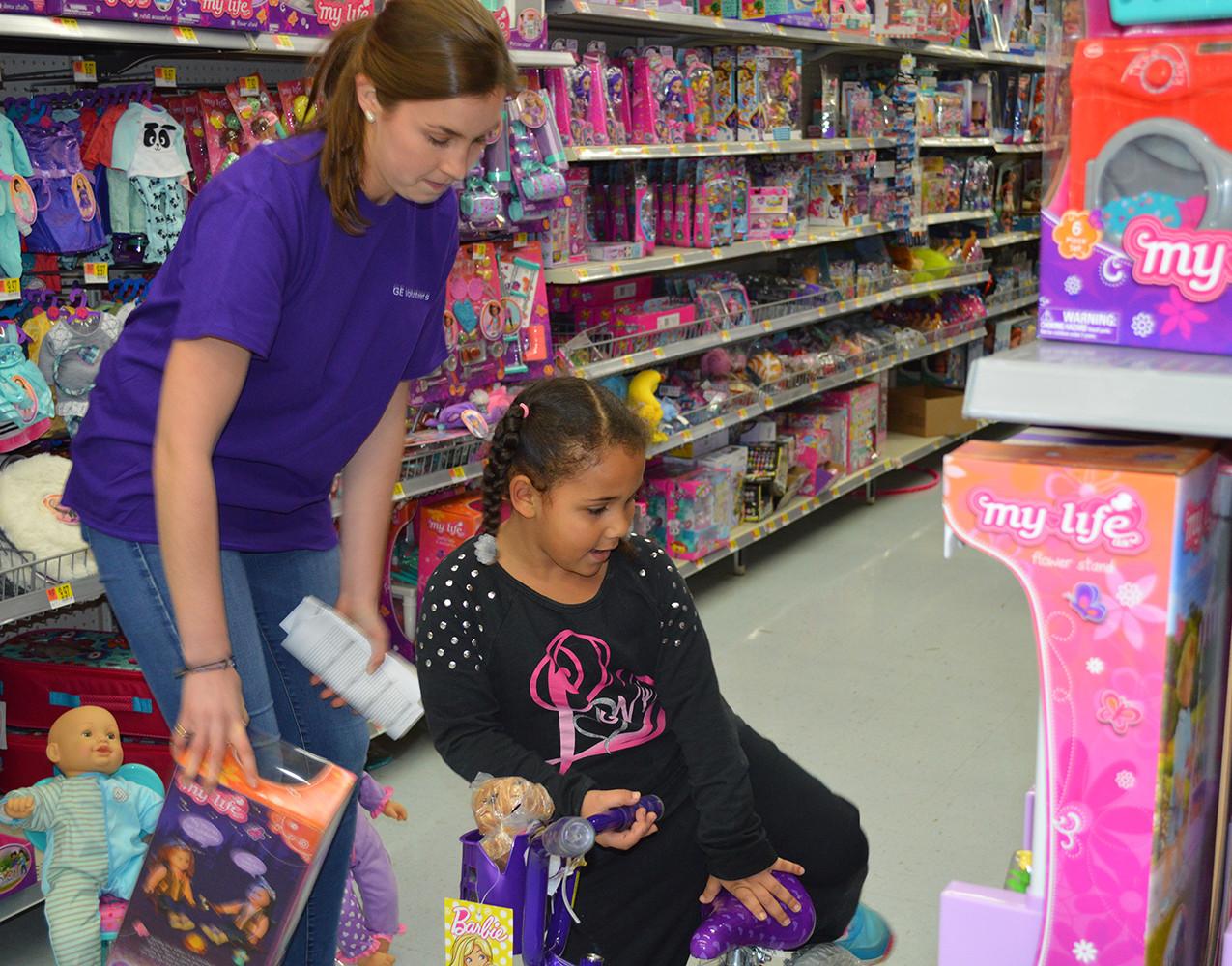 GE Holiday Shopping 12.8.17 (4)
