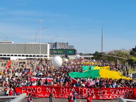 No Brasil e no exterior, um mesmo grito: Fora, Bolsonaro!