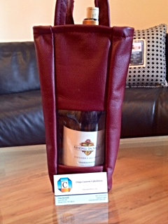 Red leather wine bag