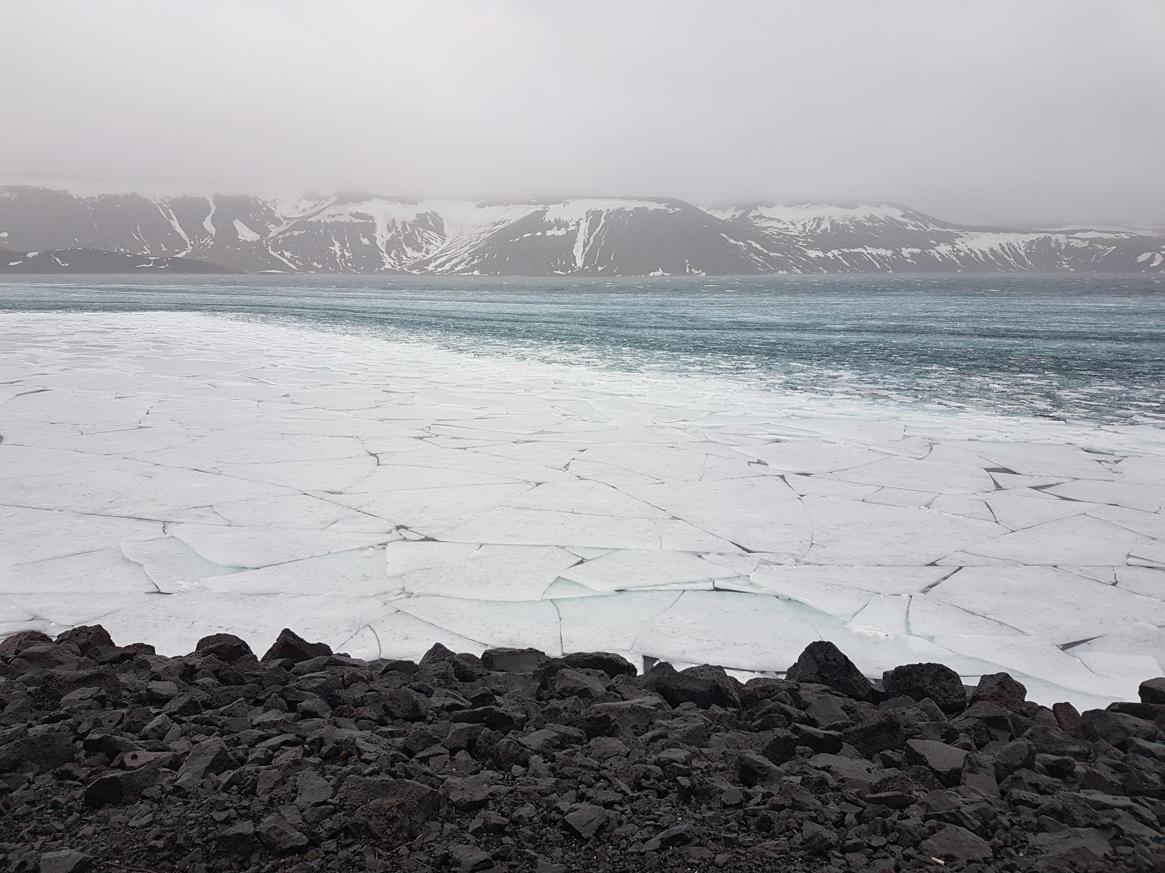 Islande_lac_gelé_3