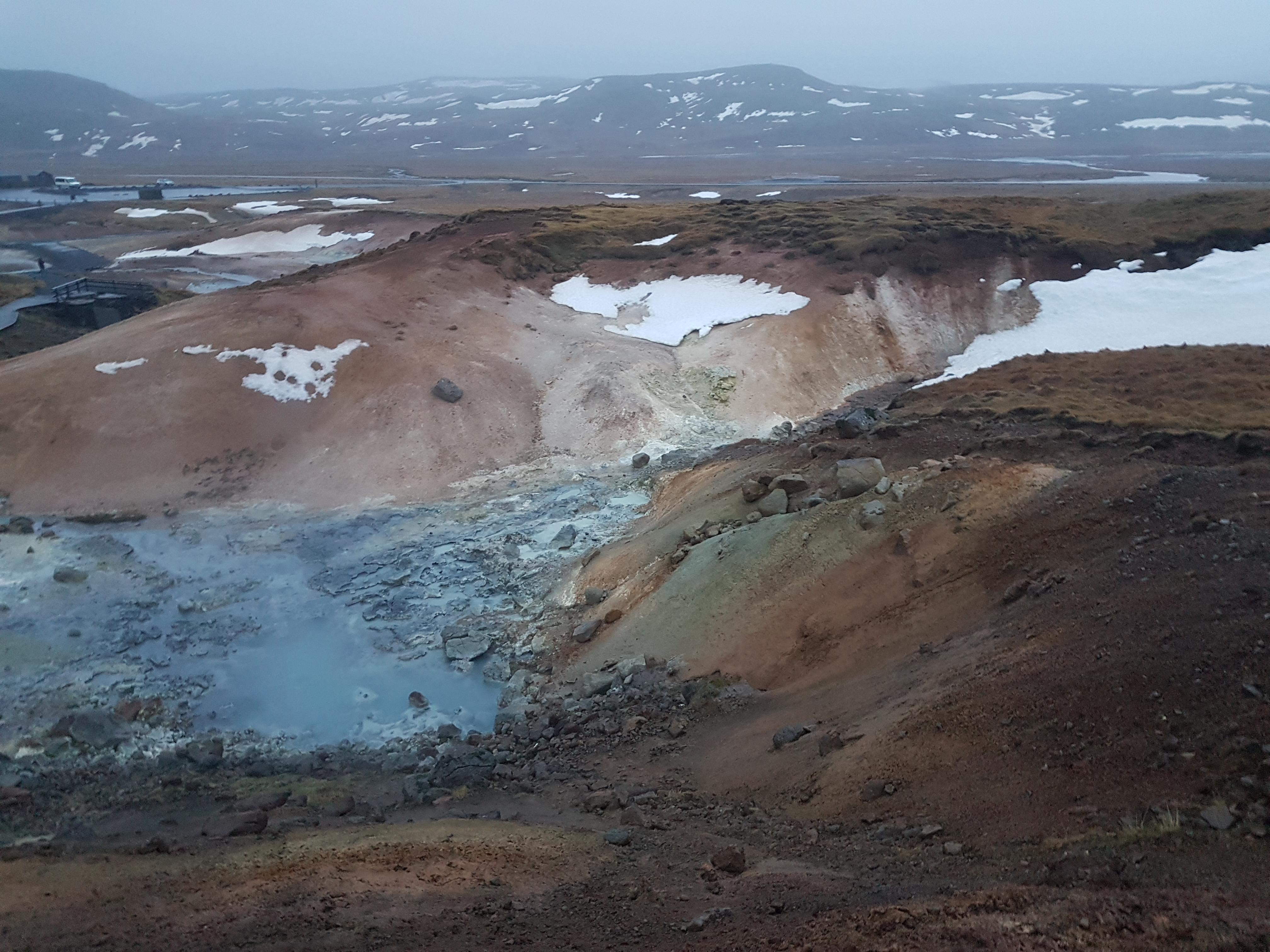 Islande boue bouillonnante 2