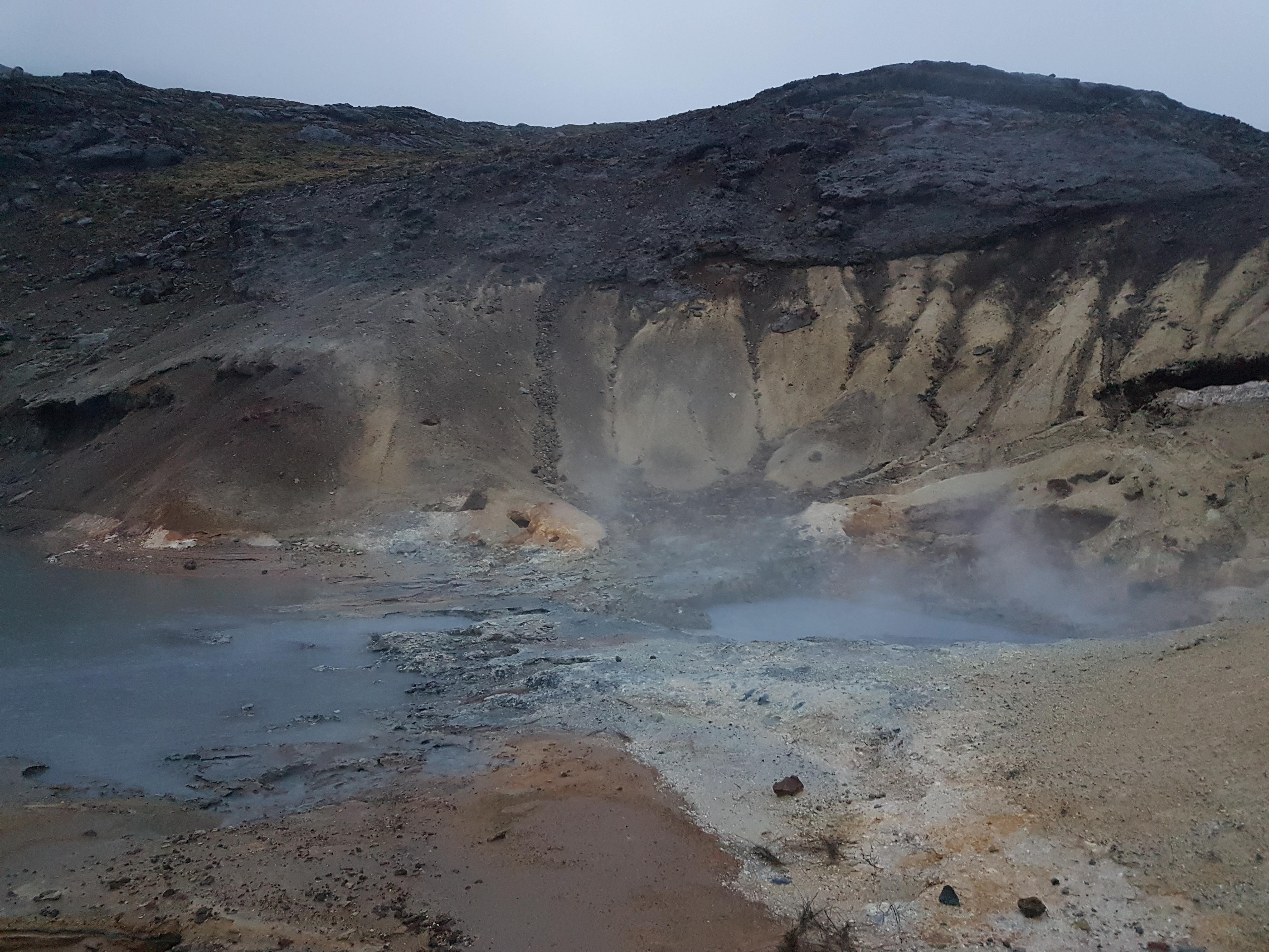 Islande boue bouillonnante 1