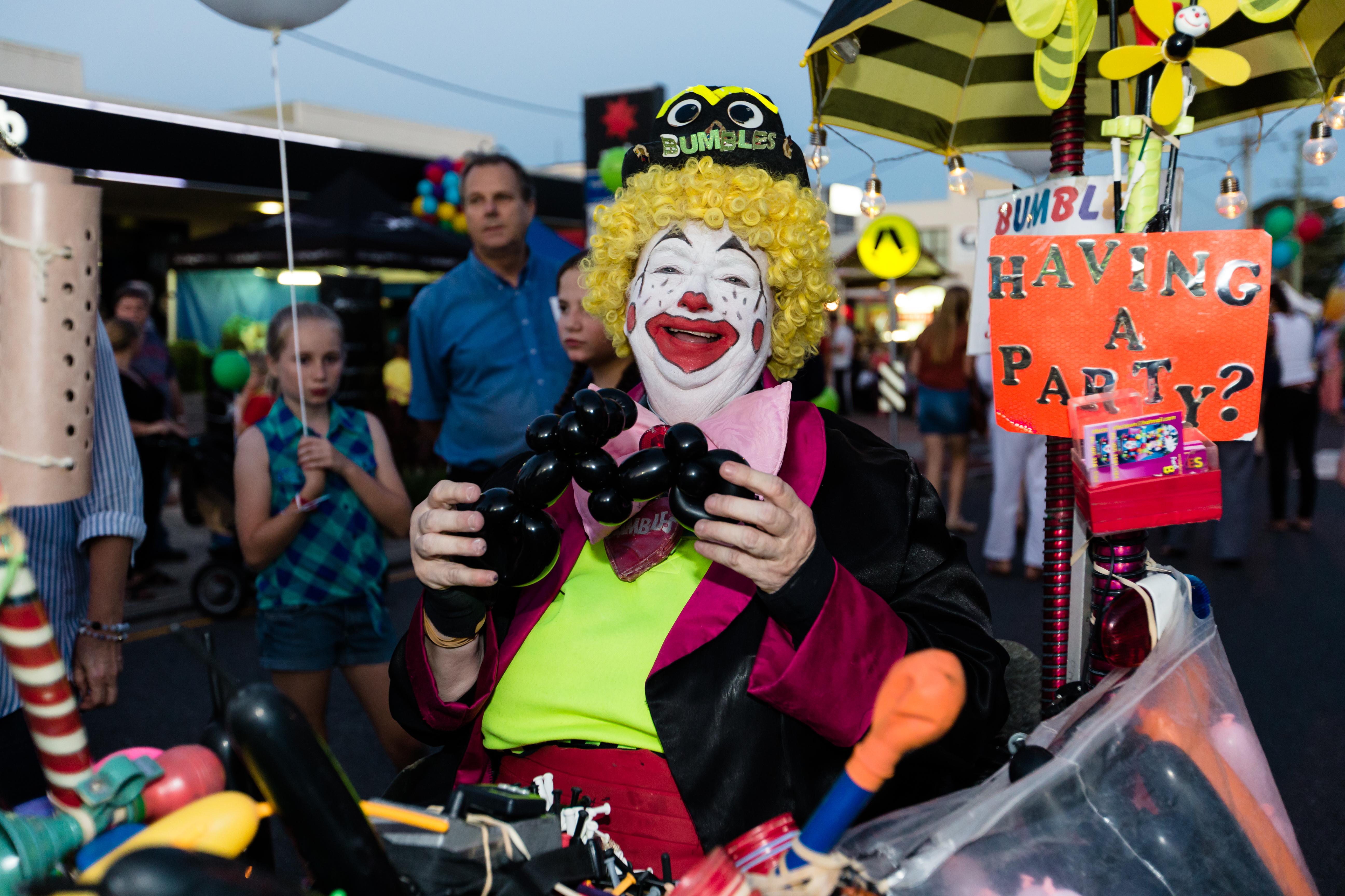 20151113 street fair-64