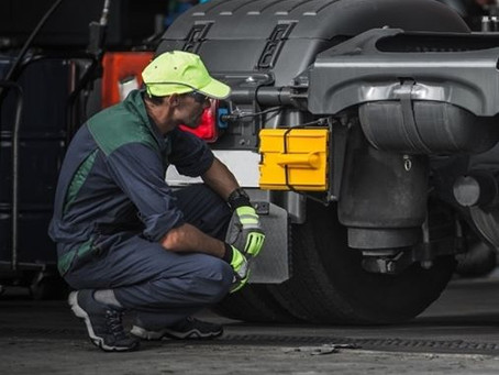 What to consider before choosing a semi-truck repair shop?