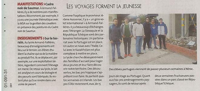 jornal frances.JPG