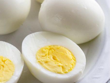 بيض مسلوق + كوب زبادي