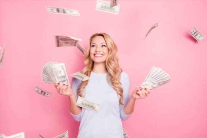 Know how to attract money now using the simple ritual.