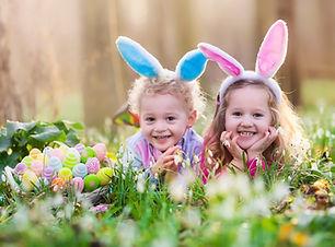 Szczęśliwe Dzieci z pisanek