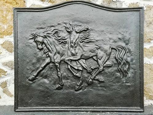 Liatinová plantňa - Koňe