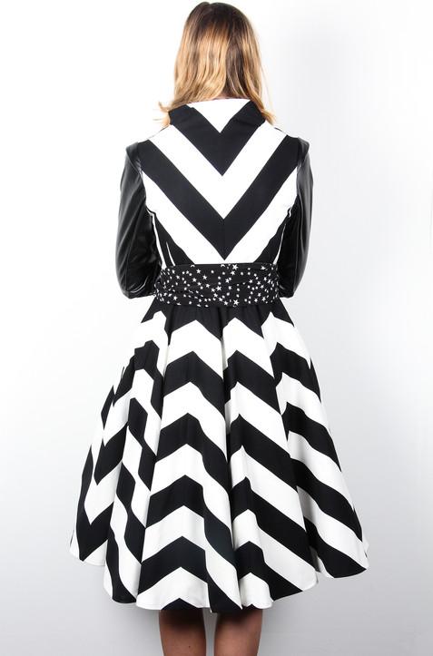 Chevron-Black-White-Stripe-Coat-Back-Ata