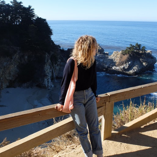 CALIFORNIA WITH DEE JENNER