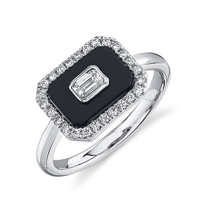 Black Onyx Throw Back Ring