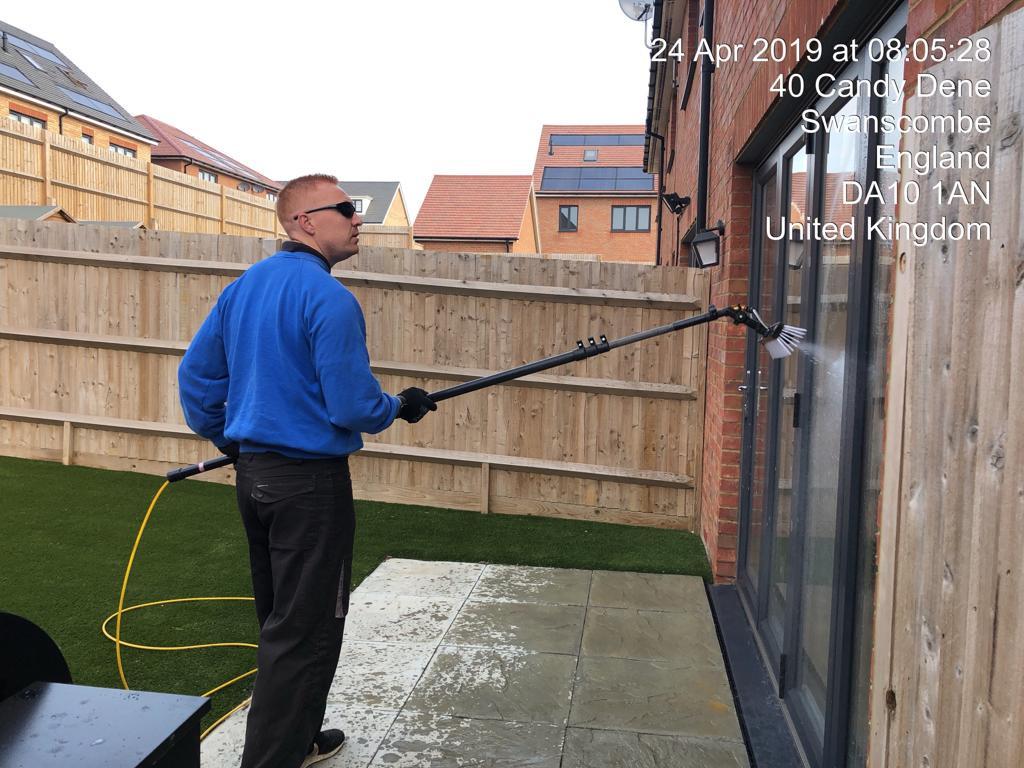Ebbsfleet window cleaner 3 .JPG