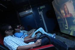 אטרקציות לבת מצווה קולנוע נייד 7 מימ