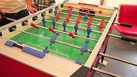 כדורגל שולחני -שולחנות משחק