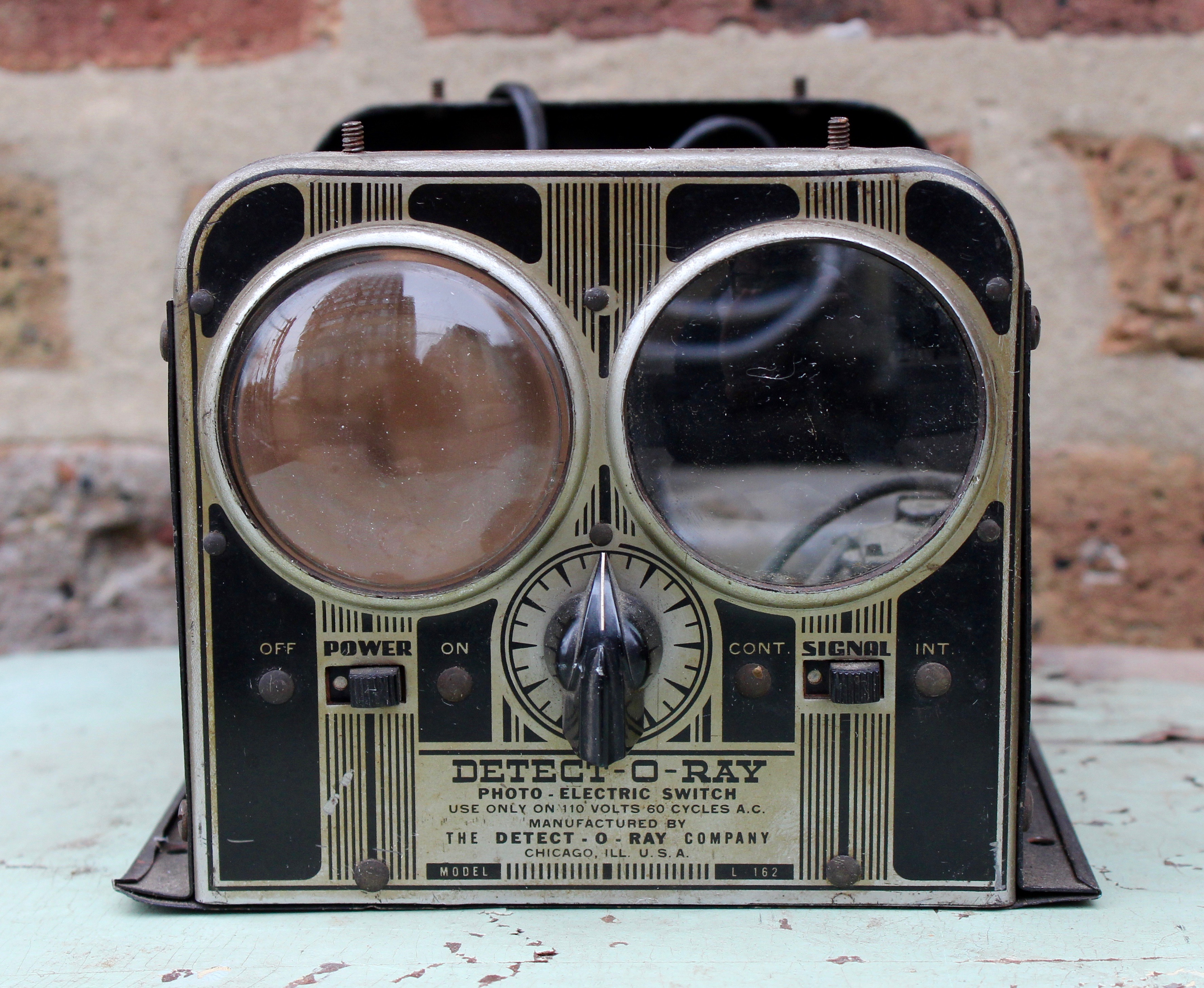 Detect-O-Ray Co. History | Made-in-Chicago Museum