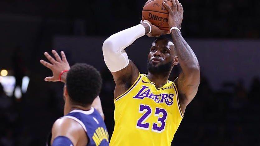 lbj_NBA_Around_the_Game