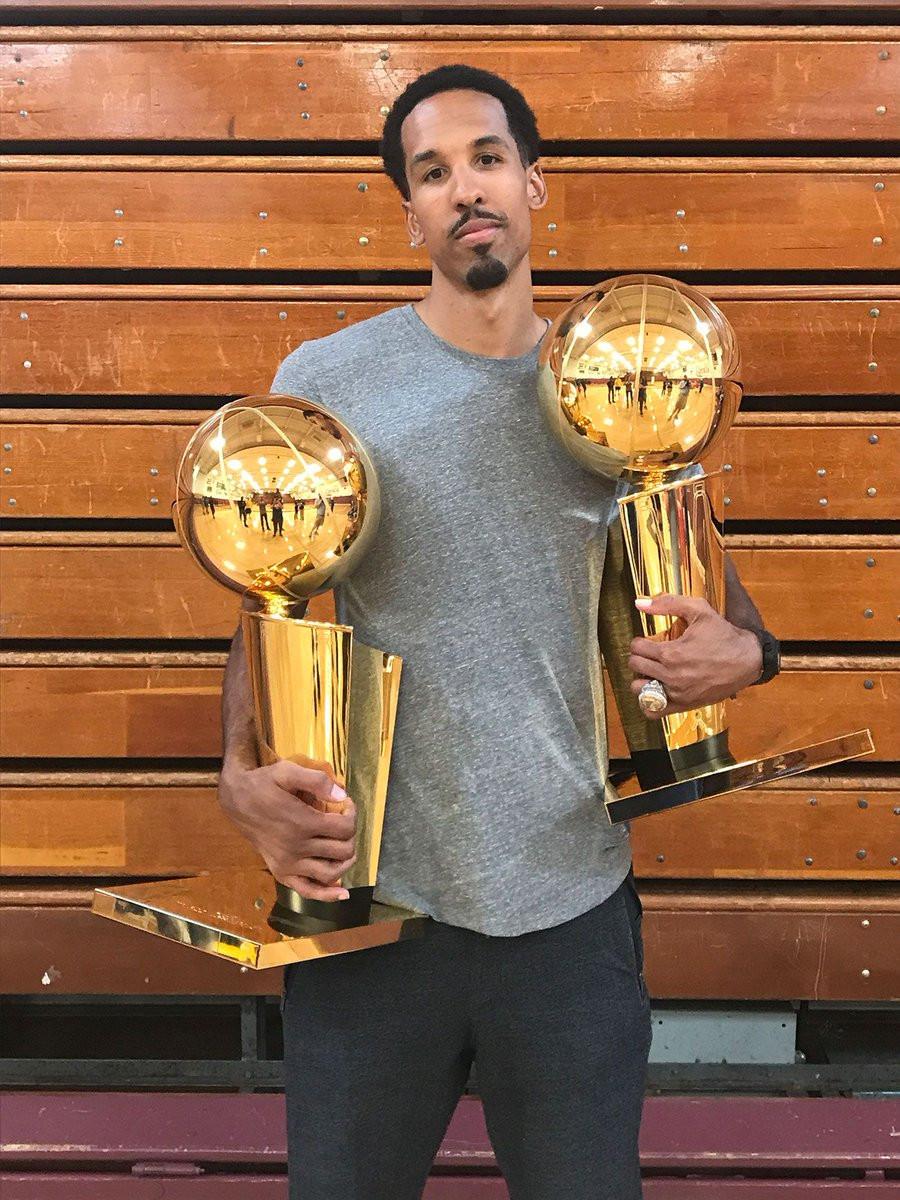 shaun_livingston_champ_NBA_Around_the_Game