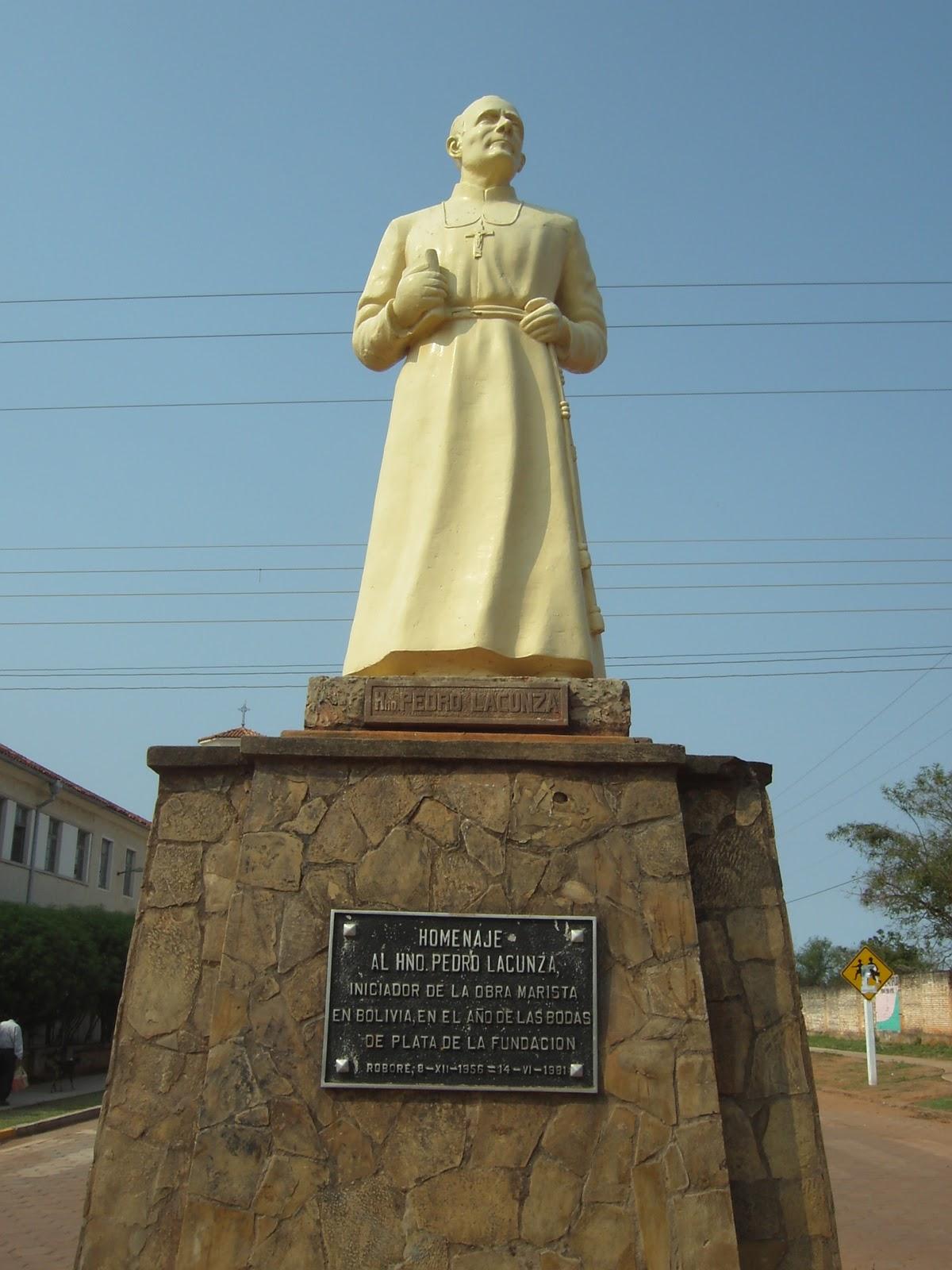 Monumento H. Pedro Lacunza en Roboré
