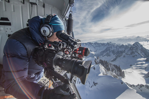 Production-Services---Heli-filming_edite