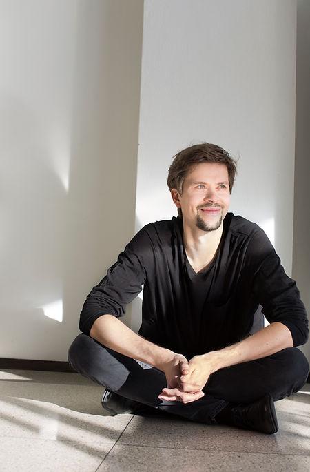 Jukka Untamala, Violinist and Conductor