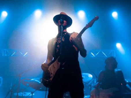 C.R. O  presento en función exclusiva su disco de Rock en La Trastienda