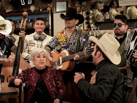 """Desde México: Buyuchek y La Abuela junto a Vicente Fernández Jr. estrenan """"Caballo Robado"""""""