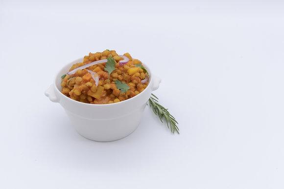Cazuela de lentejas vegetariana al curry