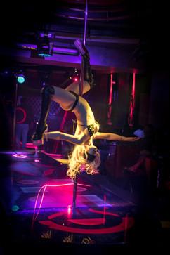 strip-and-night-club-in-Yerevan-017.jpg