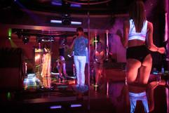 strip-and-night-club-in-Yerevan-033.jpg