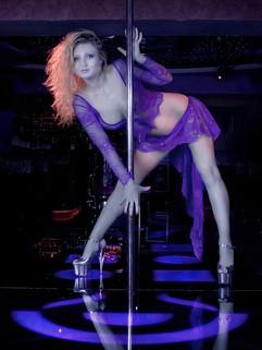 strip-and-night-club-in-Yerevan-042.jpg