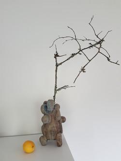 Sculpture vase candle holder