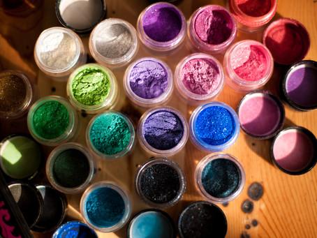 Ask the Artist: Summer Makeup Tips by Roseanna Velin