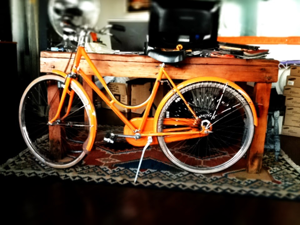 bici arancio