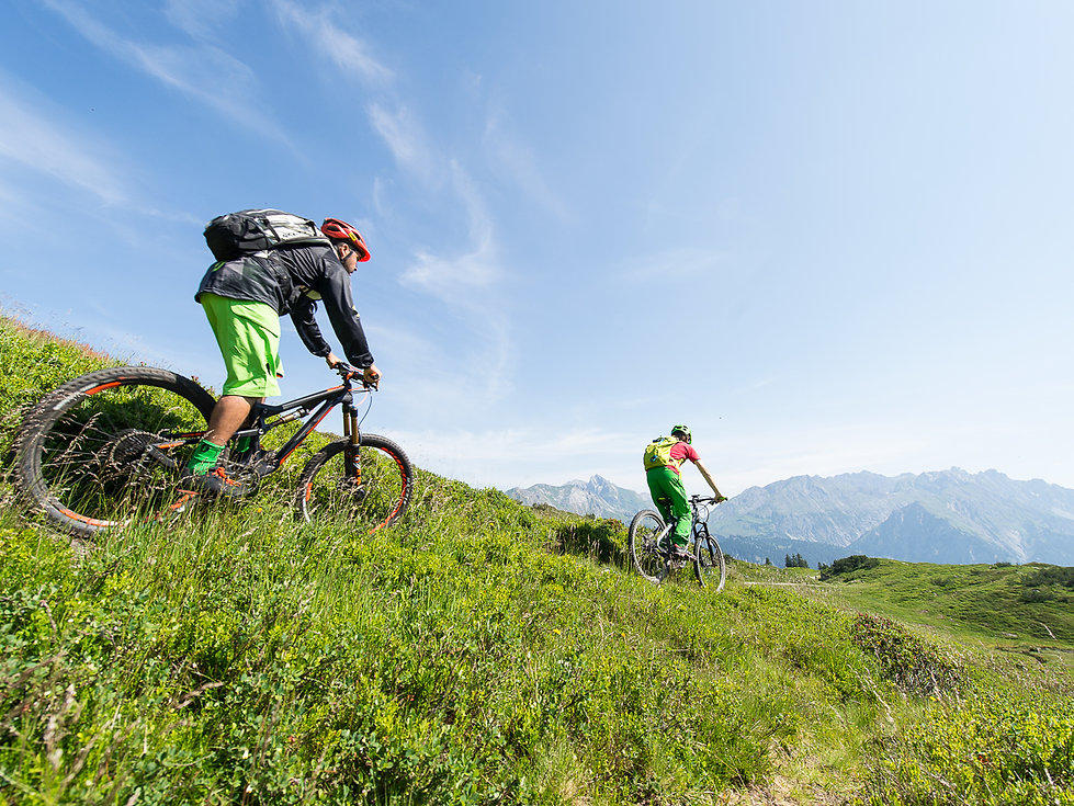 Strolz bike guides