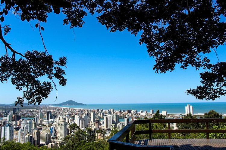 Morro da Cruz.jpg