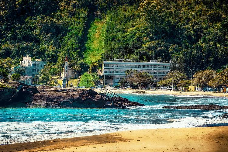 Praia de Cabecudas hotel Marambaia.jpg