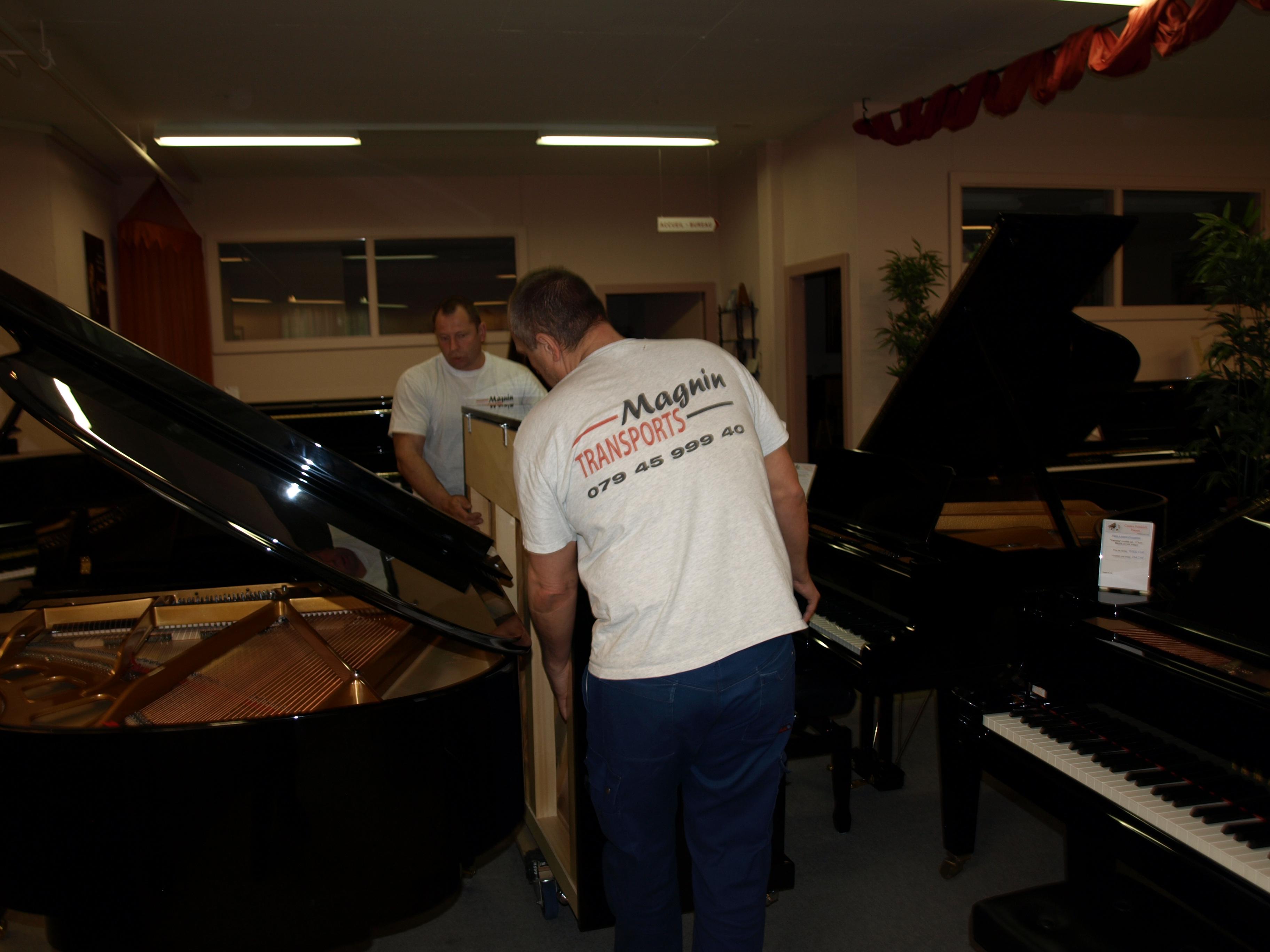 Centre_Schmidt_Pianos_-_MAGNIN_TRANSPORTS_Sàrl_-_955