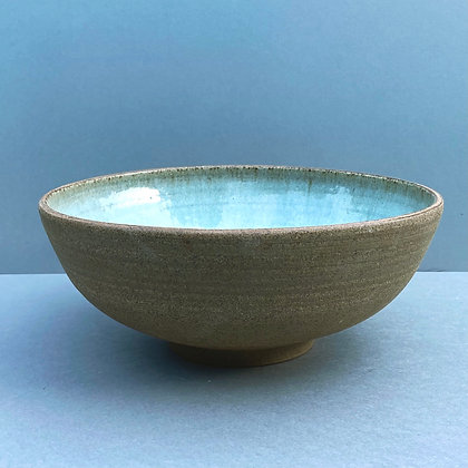Stoneware bowl with Chun glaze