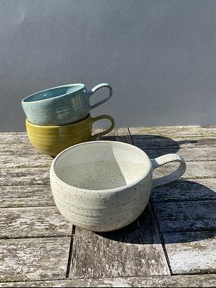 Stoneware mugs/soup bowls