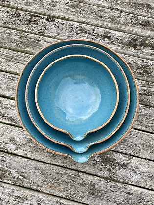 Set of 3 stoneware pouring bowls