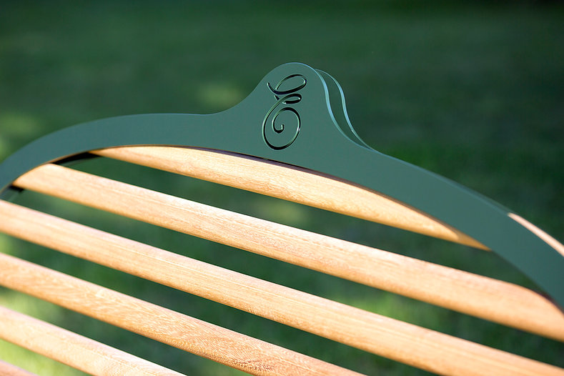 Tom Higgs - Memorial Bench for Eliazbeth